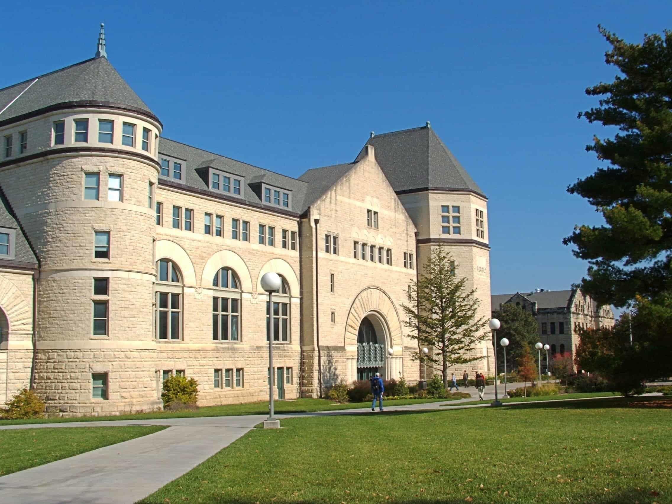 جامعة ولاية الغرب الأوسط